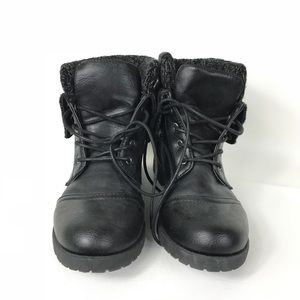 RUE21 ETC! Black Foldover 8/9 up Boots